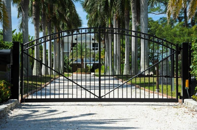Choosing Your Driveway Gate