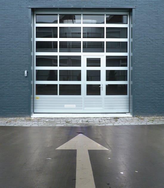 garage doors company in The Woodlands tx