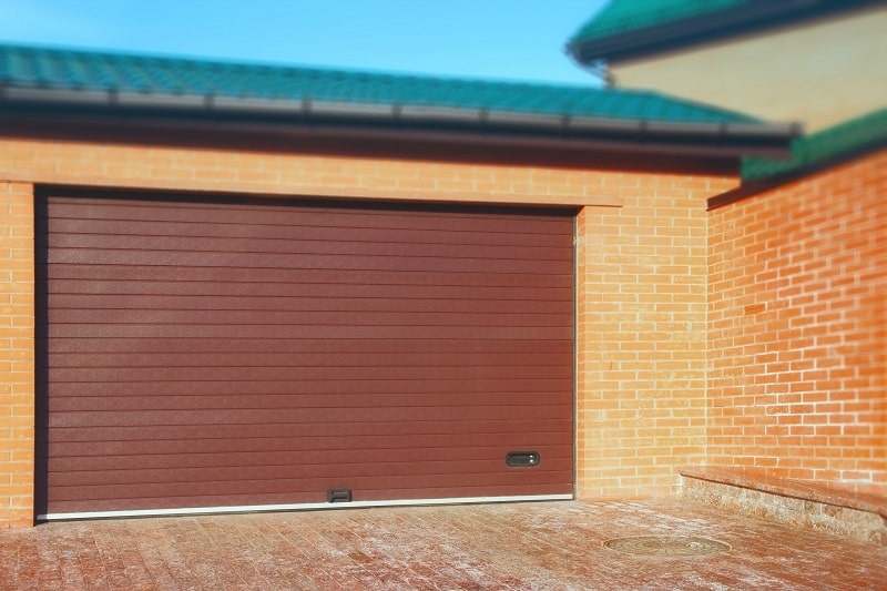 Benefits of choosing custom garage doors
